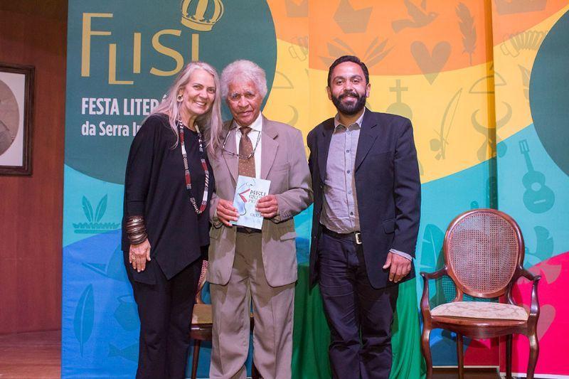 LANÇAMENTO LITERÁRIO MEU GRITO PRIMAL - Autor Caçula